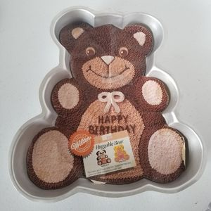 Wilton Vintage Teddy Bear Cake Pan